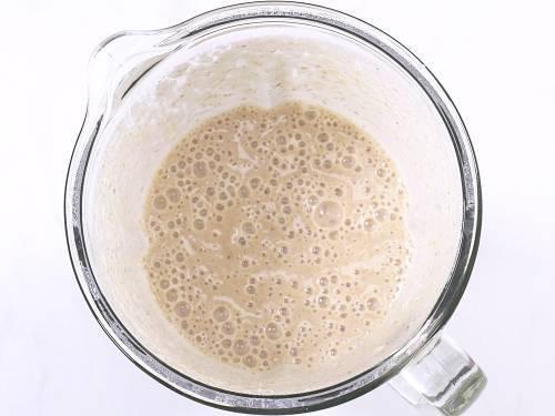 blend banana shake in a blender