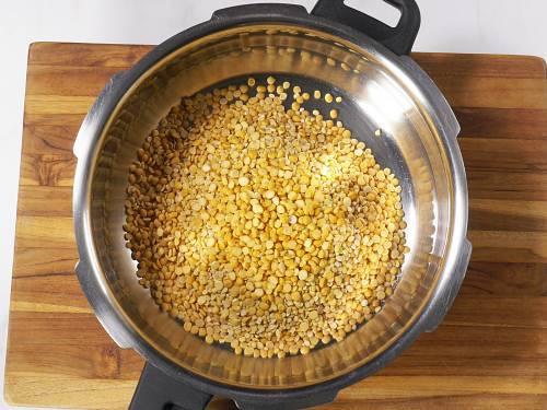 dal in a pressure pan