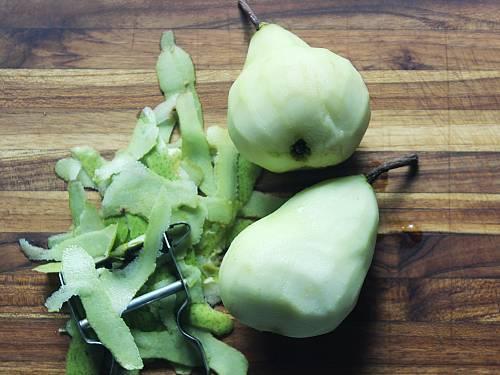 peel pears
