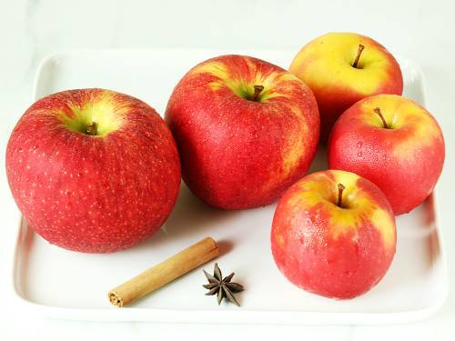 candine and envy apples for jam