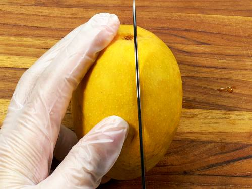 how to cut mango for smoothie