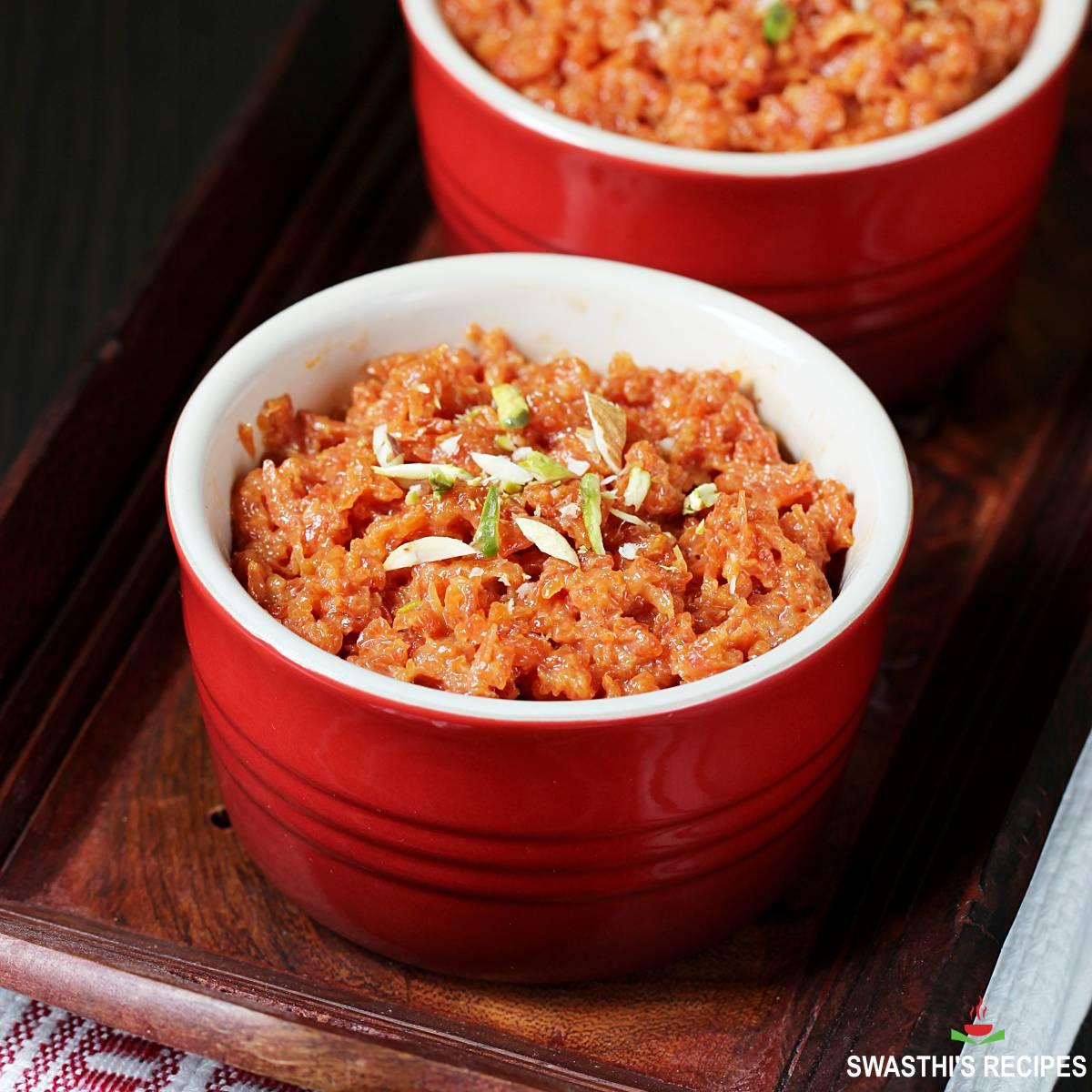 carrot halwa made with delhi gajar sugar and milk