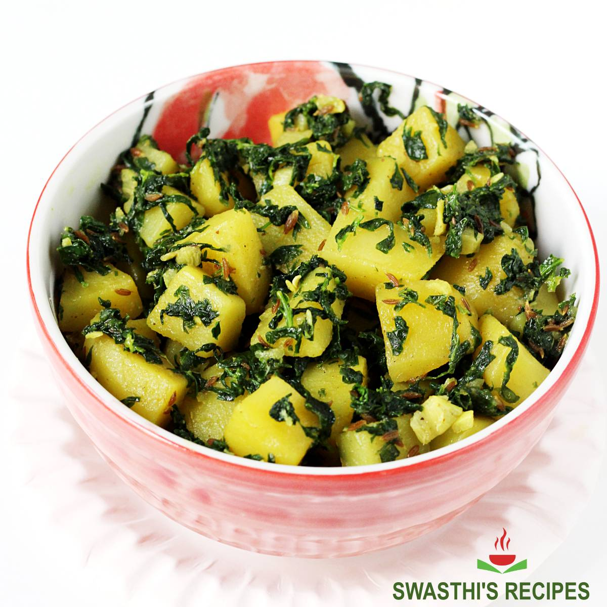 aloo methi recipe made with potatoes and fenugreek leaves