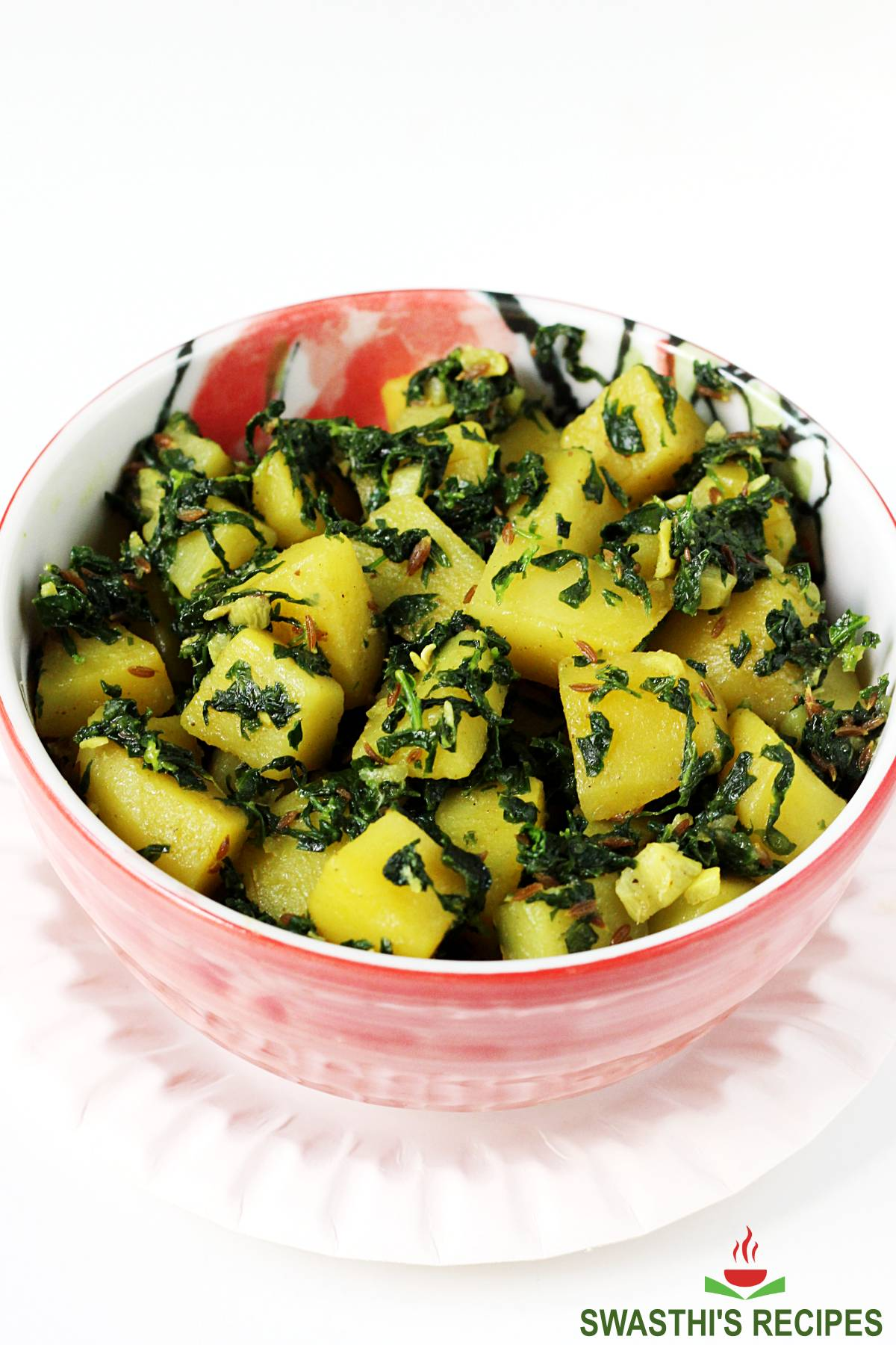 aloo methi served in a bowl