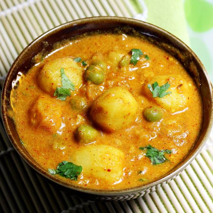 dum aloo without onion and garlic