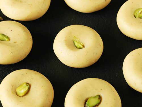 milk peda also known as doodh peda made with milk powder