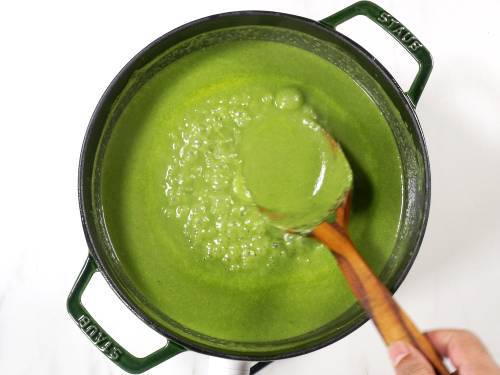 simmer spinach soup till the raw flavor goes away