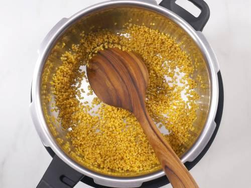 roasted lentils in cooker